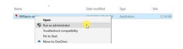 nhấn chuột phải >> chọn mục Run As Administrator