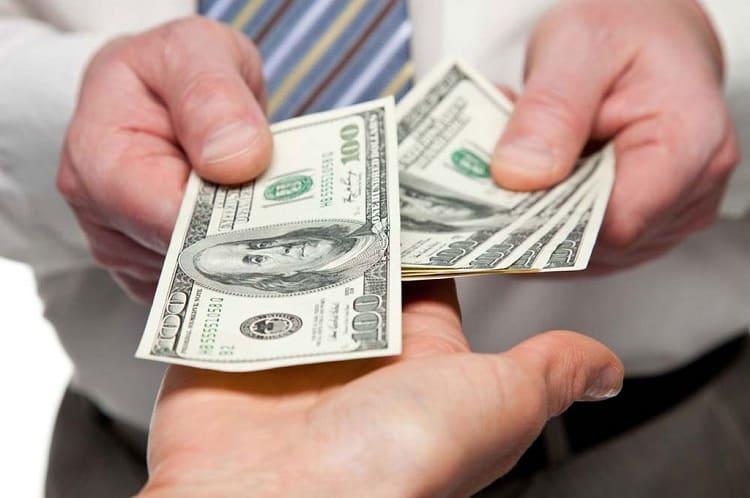 Không nhận tiền cho thuê cửa hàng bằng ngoại tệ
